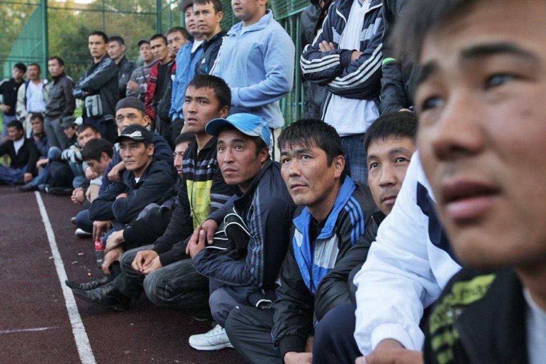 Кыргызстан лидирует в ЕАЭС по числу трудовых мигрантов в России — Today.kg